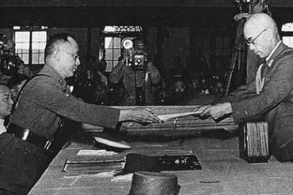 日本投降的背景是什么 日本当时面临什么情况