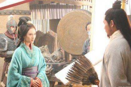 原来古代也有吃软饭!诸葛亮娶黄月英竟是为了跻身上流社会