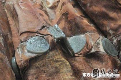 石景山曾经挖掘出一具诡异的干尸,专家猜测是消失的顺治帝!