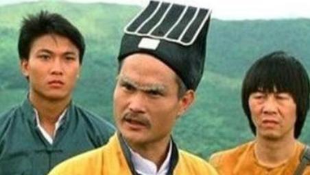 林正英和洪金宝关系极好 为什么他会在葬礼上发火呢