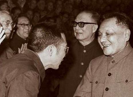 陈景润早年都经历了哪些事情 中国著名数学家陈景润简介