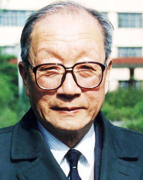 王大珩的主要论著分别有哪些 关于他的评价是什么样的