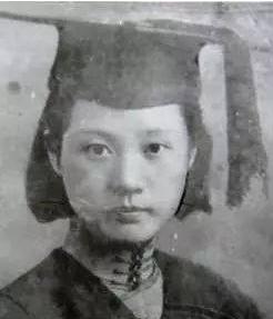 宋清如的感情生活如何?遇见朱生豪,她成了真正的诗人