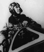 赵宝桐的生平如何?击落敌机最多的飞行员一级战斗英雄,55岁离休75岁逝世