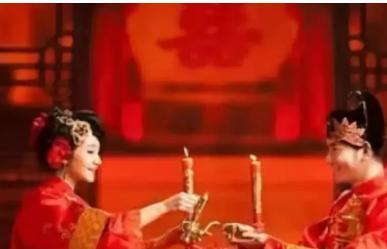 太监死前说出一个秘密:皇后结婚前必吃一物