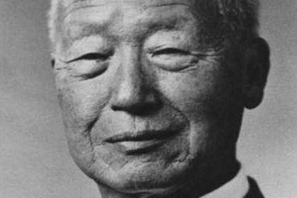 """李承晚有韩国""""国父""""称号为什么现在却被视为""""半岛的罪人"""" ?他到底做了什么"""