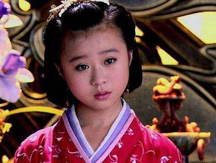 她是历史上年纪最小的皇后 6岁嫁人15岁就守寡