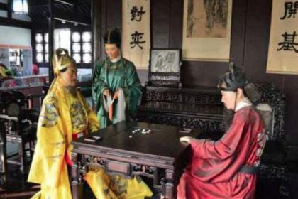朱元璋下棋输给徐达,他说了一句话逃过一劫