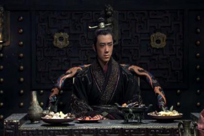 姬郑是怎么成为春秋霸主的?