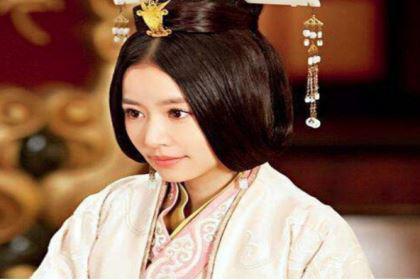 阴丽华当了皇后以后,是怎么对待前皇后郭圣通的?