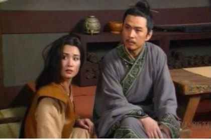 魏惠王做了什么事情导致魏国走向衰落 ?