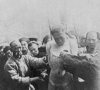 林凤祥被抓是明明可以反抗 为何他却选择投降呢