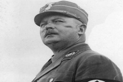 希特勒为什么会打压罗姆和他的冲锋队 是什么原因导致的