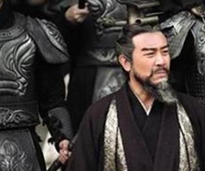 朱儁的实力那么的强大 为何他就是斗不过曹操呢