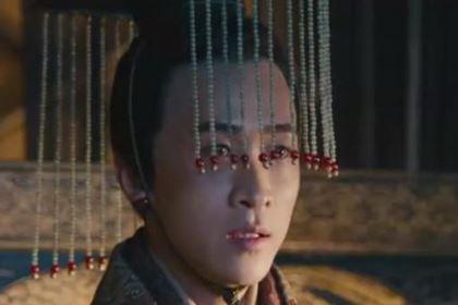 李傕郭汜爆发内讧时,贾诩为何没有劝阻他们?