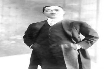 黄仲涵家族的衰败史:女败父业,子承不兴