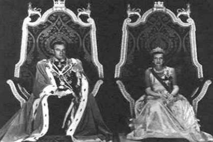印度总督路易斯·蒙巴顿伯爵提出蒙巴顿方案 最终使印度和巴基斯坦分治