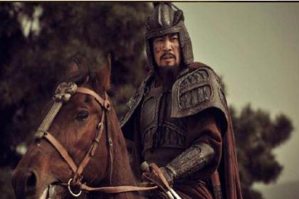 关羽比刘备大一岁,为什么还叫他大哥?