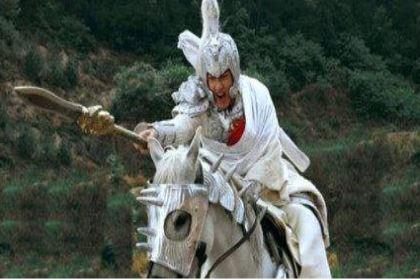 赵云长坂坡单骑护主真实情况是什么样的 他真的能在百万敌军中来去自如吗