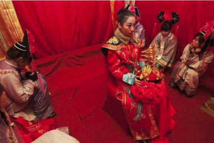 清朝的皇帝为何改变不了女子缠足现象?