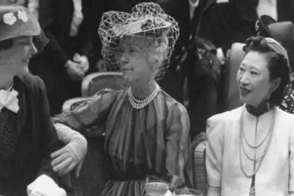 她是民国时期的贵族名媛,嫁给有名的近代外交家