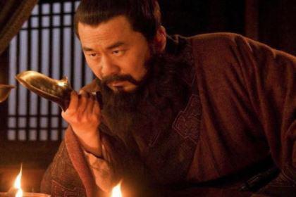 王平:被曹操遗弃的一个小兵,后来与曹魏势均力敌