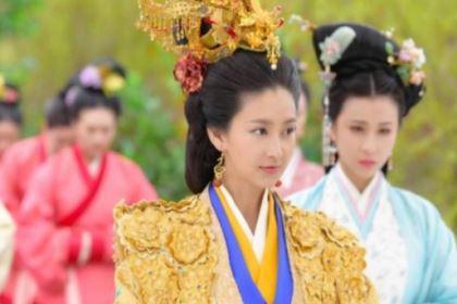 为什么说王翠翘是奇女子?她经历了哪些事情?