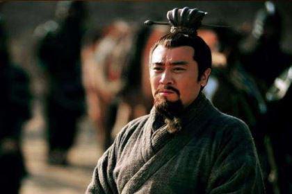 刘备败走新野,为什么新野百姓还追随他?