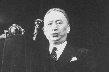 顾维钧魏中国的外交事业做出了哪些贡献?为什么说他是半个外交家?