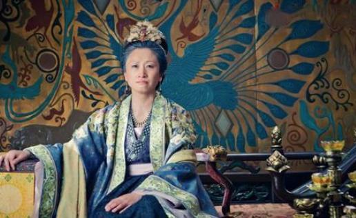 宋太祖赵匡胤在死时,两个儿子都已成年,他为何还将皇位传给弟弟赵光义?
