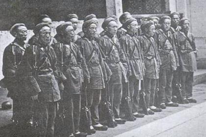 为了增加湘军战斗力,曾国藩实行了什么制度?