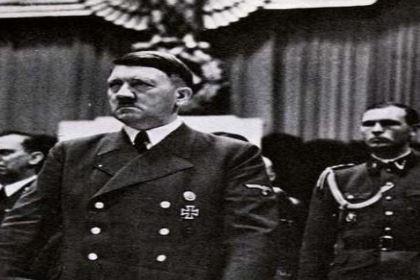 如果希特勒没有发动战争,那么他会成为德国的救星吗