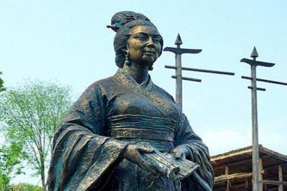 秦始皇对女人从来都是不假颜色?为什么对巴寡妇清却如此赏识