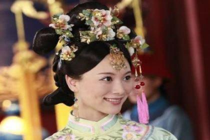 平妃不到十岁被康熙纳入后宫,她死后的封号是什么?