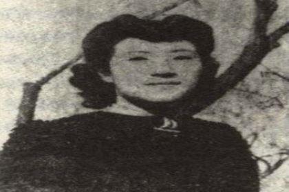 她为丈夫放弃学业却遭到埋怨,最后成为女强人