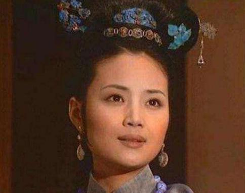 苏麻喇姑对清朝有何贡献?为何一个侍女能得两位皇帝尊重和爱戴?