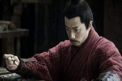 韩信手握三十万大军,为什么没有自立为王三分天下呢