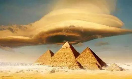 金字塔为什么屹立四五千年都没有倒?到底是怎么的存在