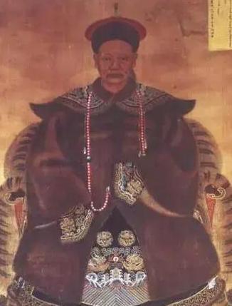 皇太极为什么对汗位的竞争者多尔衮那么器重?