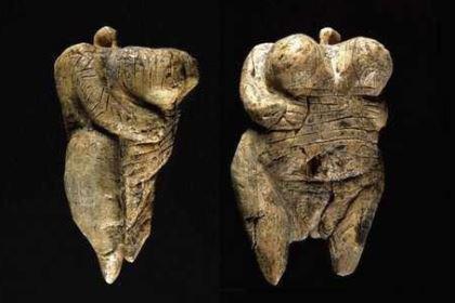 考古学家:运用考古学知识进行研究的专家