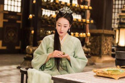 妃子不受宠被抛弃,嫁给乞丐20年后成开国皇后
