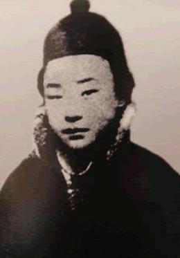 现代京剧代表人物之一:尚小云16岁就和众多名角同台演出