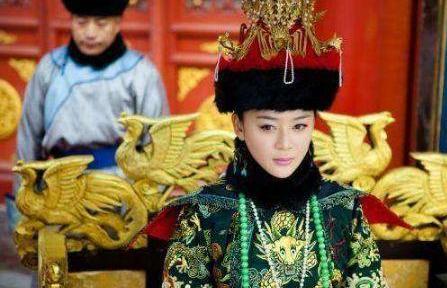 庄妃为什么会被改封号三次?她离世后皇后做了一件违背祖制的事情