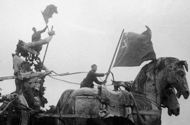 二战时真的是苏联的寒冬赶走了德国吗?其实是因为后勤跟不上