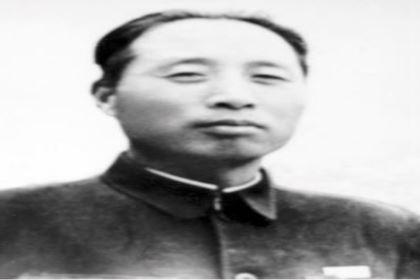 李广田的主要作品有哪些?其特点是什么?