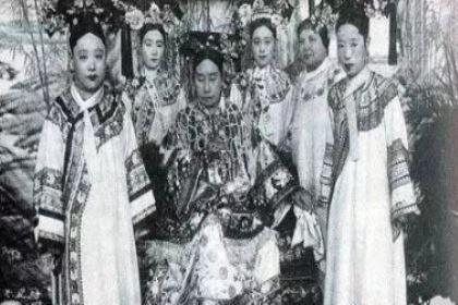 慈禧大权独揽,亲弟弟桂祥穷困潦倒是什么原因?