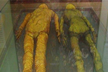 陈国公主墓出土的陈国公主为什么带着黄金面具?和她合葬的人是谁?