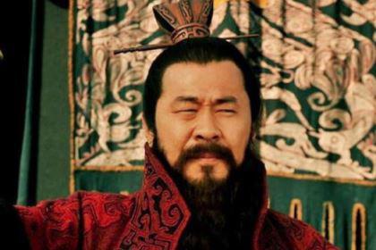 樊城之战关羽要怎么做才能攻下樊城呢?