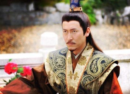 朱元璋剥橘子到底是什么样的 儿子为什么会跪地求饶