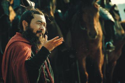 曹操得到赤兔马之后 为何会送给身在曹营心在汉的关羽呢